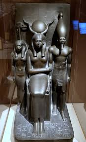 King Mankaure and two Goddesses