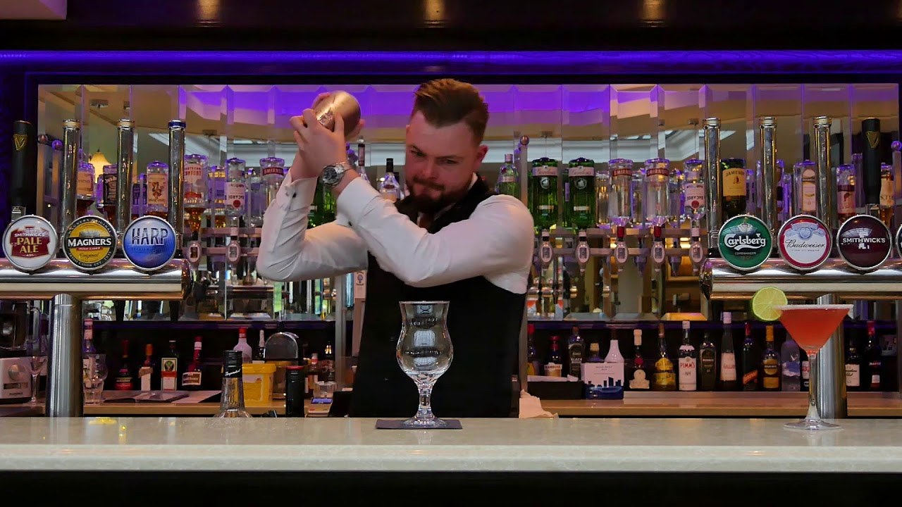 Killy Kiss Cocktail by Killyhevlin Hotel - Cocktail Recipes - Alcoholic Drinks - Northern Ireland