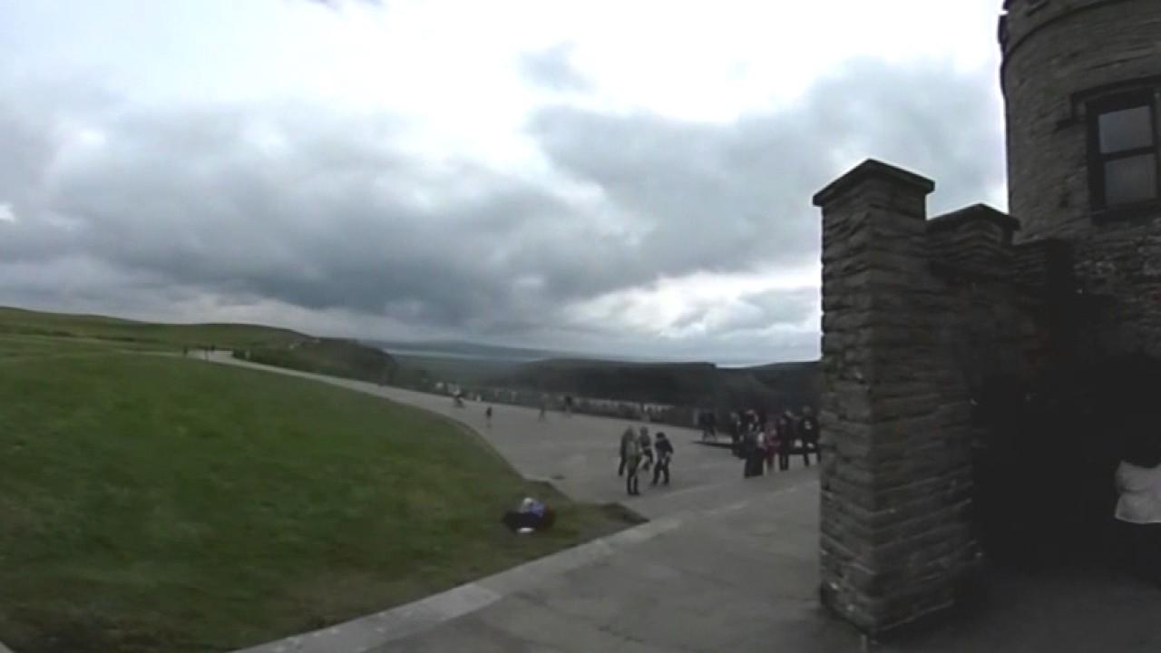 Cliffs of Moher Walk in 360 Degree Video - Coastal Walk or Walking Trail? - Ireland