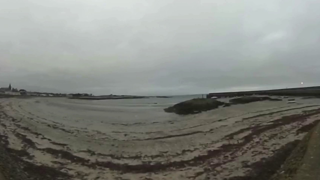 BALLYWALTER BEACH in 360 Degree Video - County Down, Northern Ireland - UK Beaches - NI