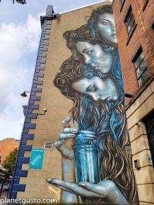 Street art pandora's jar