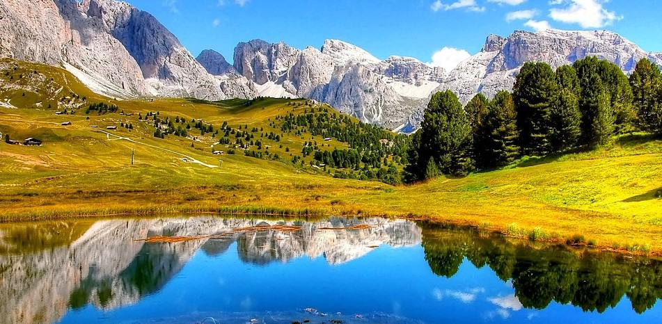 Dolomites Mountain - Natural wonders in Europe
