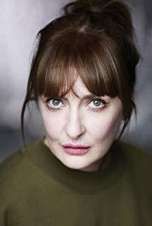 Kathy Kiera Clarke Cast of Derry Girls
