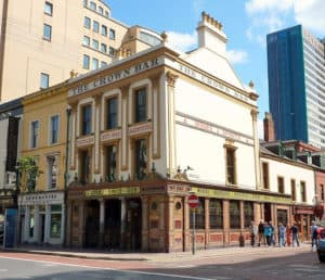 The Crown Bar of Linen Quarter