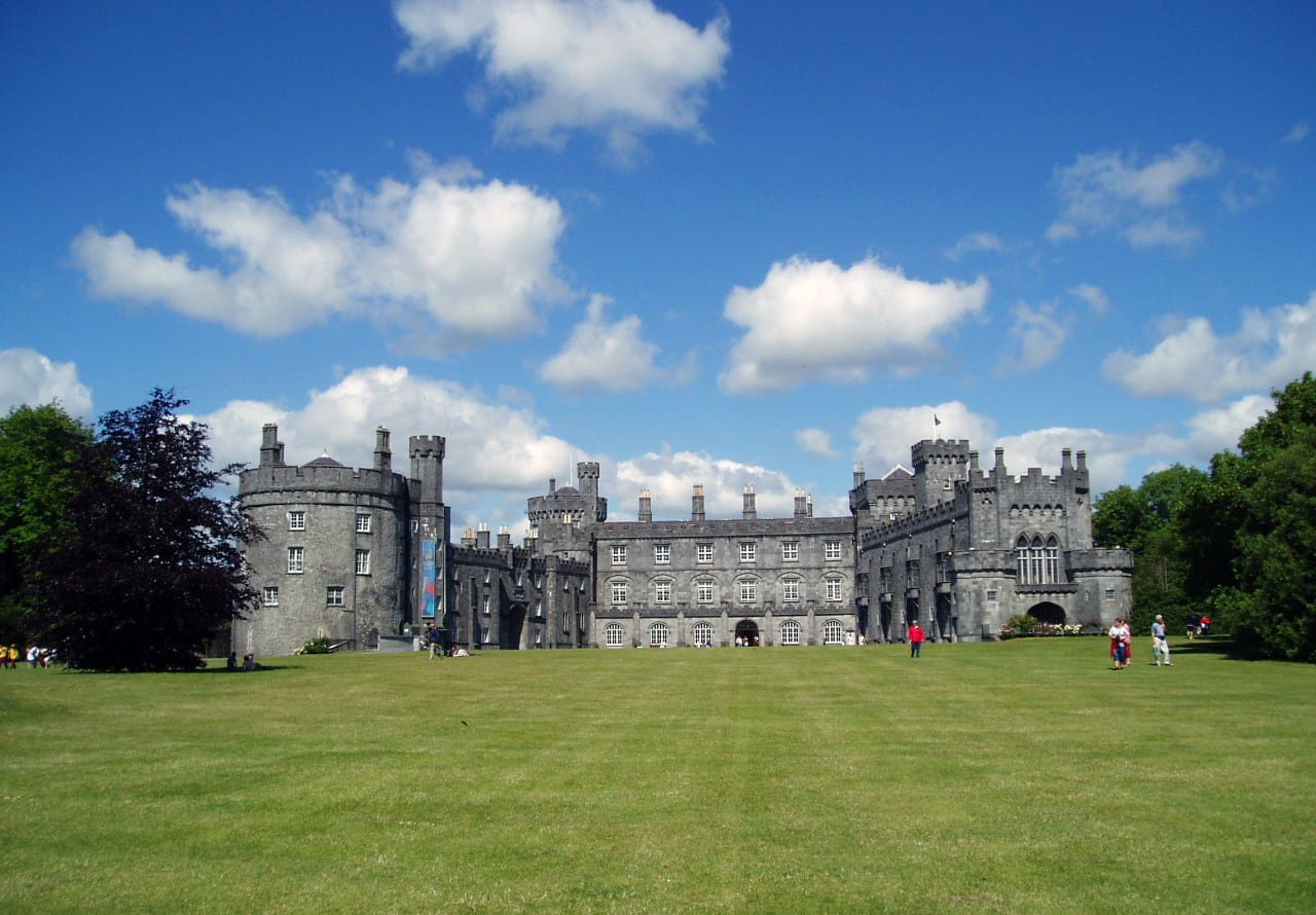 Kilkenny castle - Irish Towns to visit