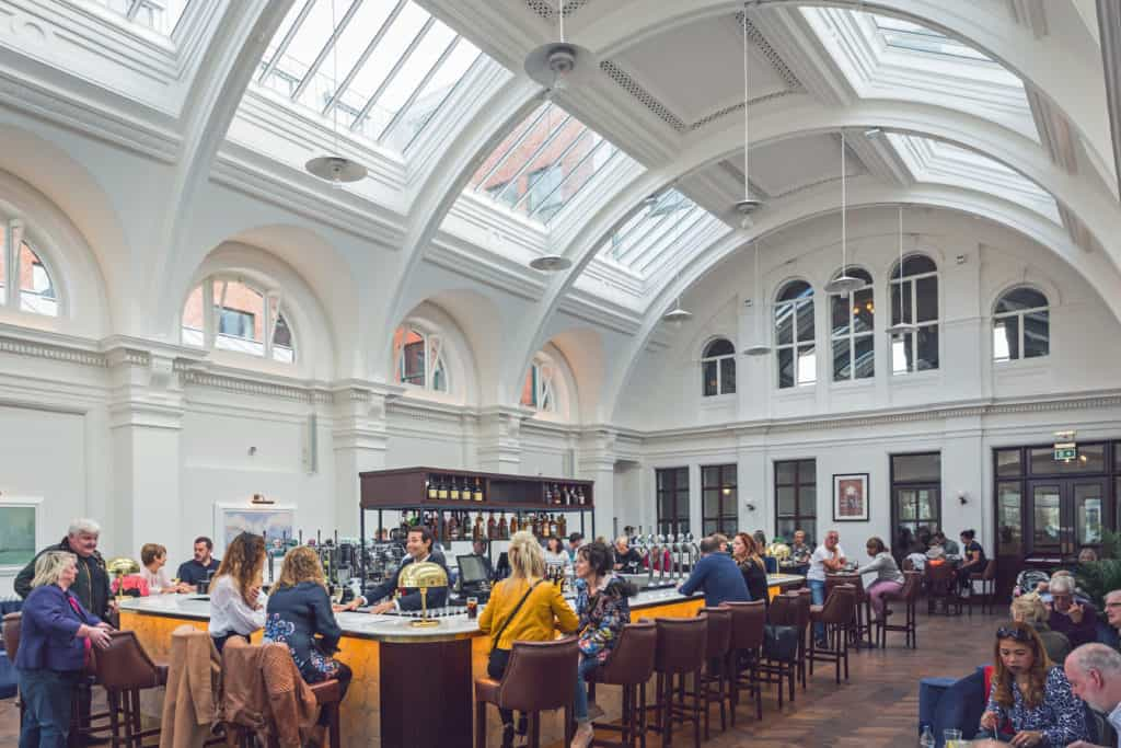 titanic-belfast-drawing-office-bar