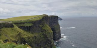 cliffs-of-moher-staycation-ireland