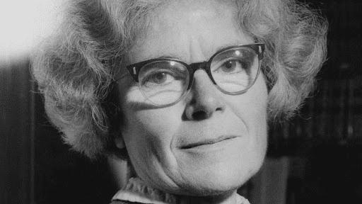 A headshot of Dame Kathleen
