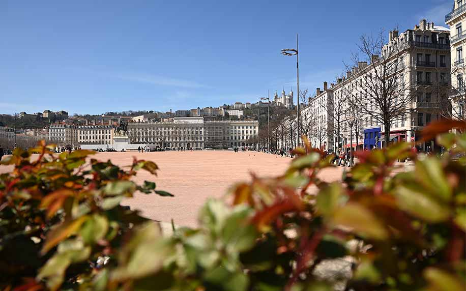 an image of the expanisve bellecour square in the heart of lyon
