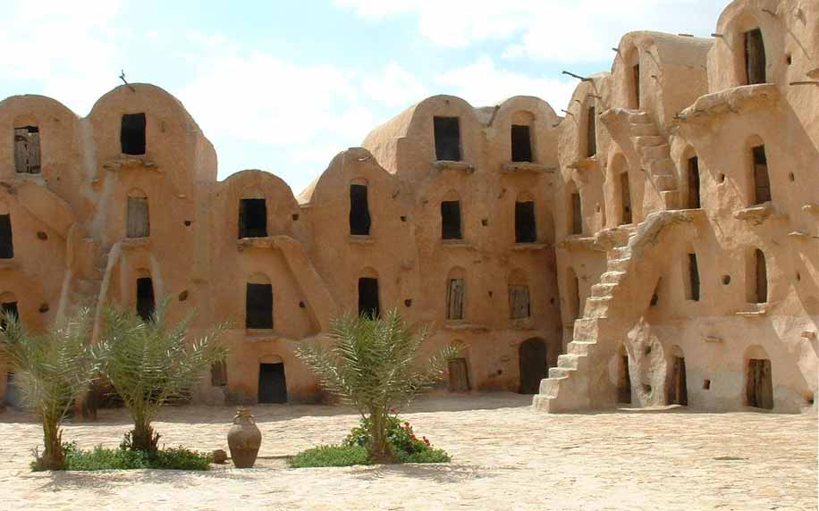 semi-troglodyte houses in berber