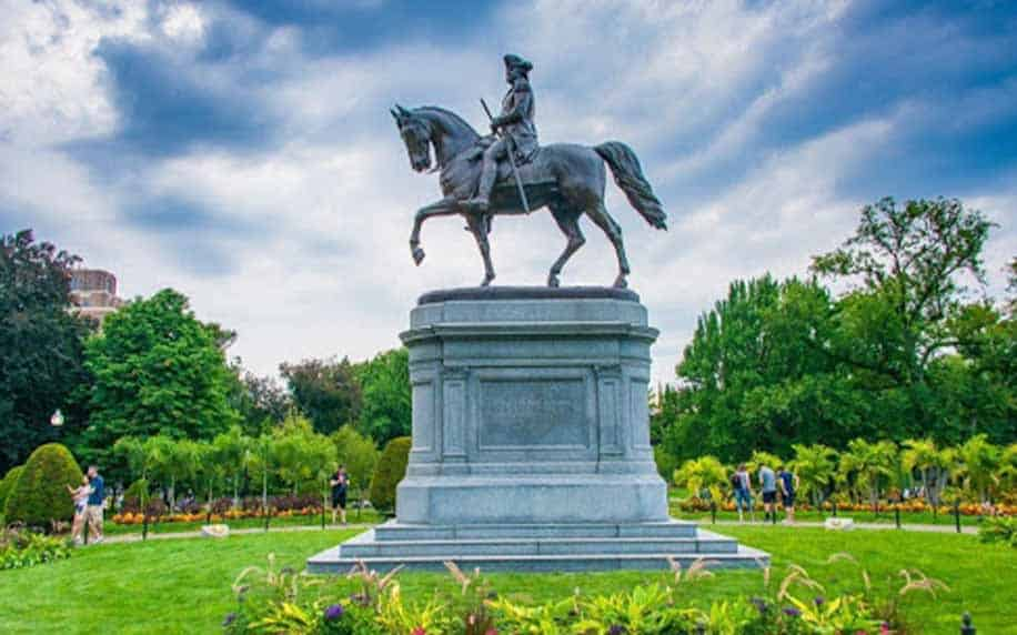 a civil war statue in boston common