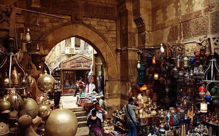 plenty of things to buy at khan el-khalili bazaar