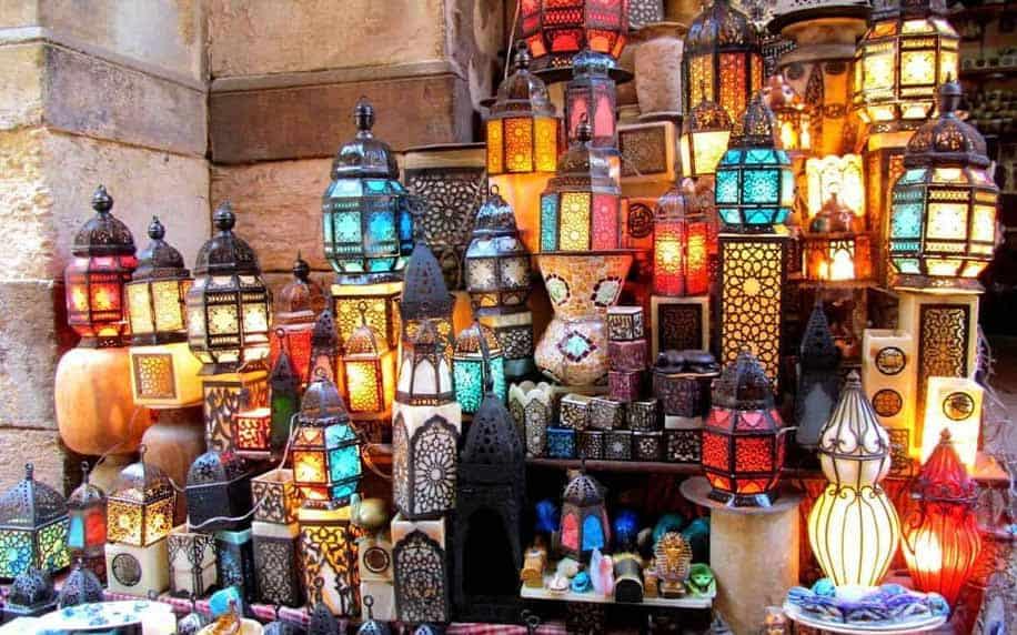 laterns and trinkets that can be bought at khan el-khalili
