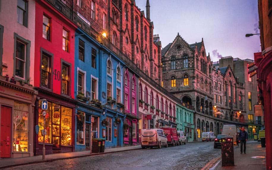 Outlander filming locations Edinburgh oldtown